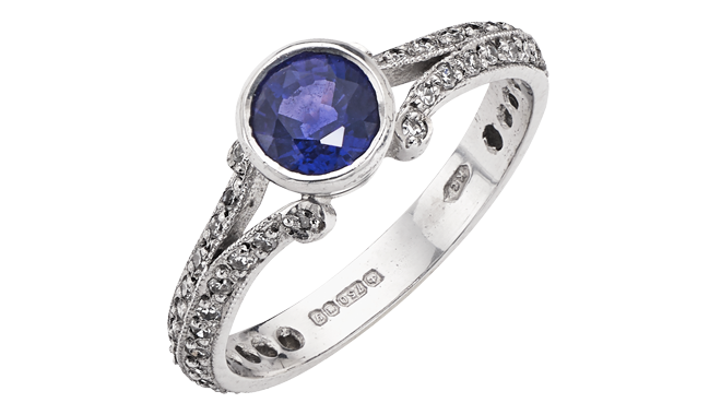 CU947 | 18ct White Gold. A Colour-change Sapphire (1.04cts) & Diamond set Ring