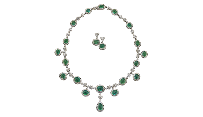 CV726 | 18ct White Gold. A Cabochon Emerald & Diamond set Necklace (E: 49.15cts, D: 20.33cts)
