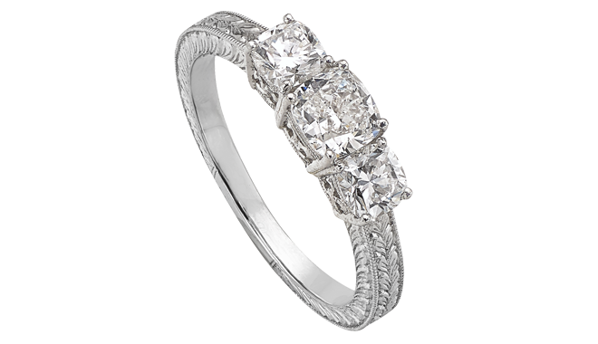 DQ722 | Platinum. A Cushion Cut Diamond set Ring (1.16cts,E/VVS2)